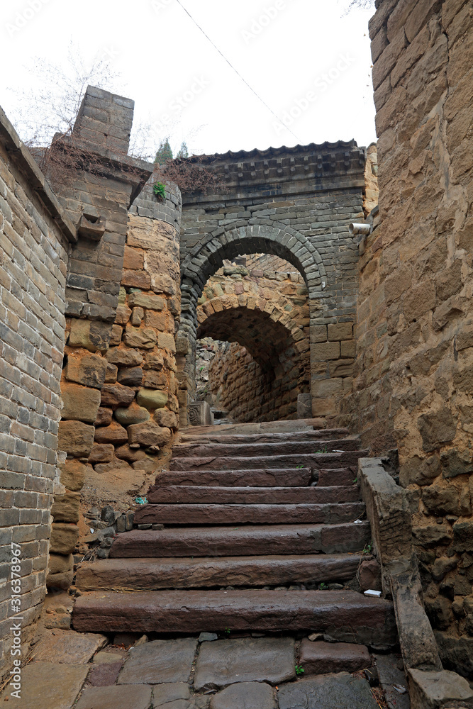Narrow stone alley