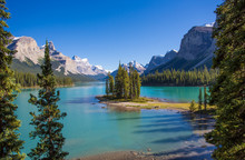 Spirit Island InMaligne Lake I...