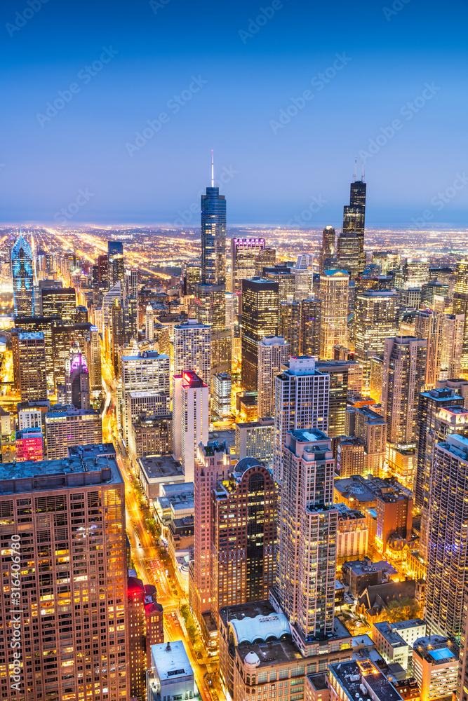 Fototapeta Chicago, IL, USA Aerial Cityscape at Twilight