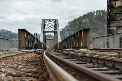 Obraz Eisenbahnbrücke - fototapety do salonu