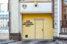 Closed Doors Of The Undergroun...