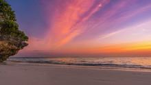 Sonnenuntergang Am Strand In S...