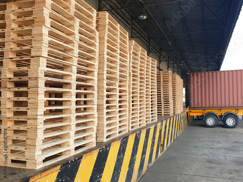Stampa su Tela Stack of wooden pallets at warehouse