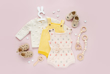 Set Of Baby Clothes And Access...