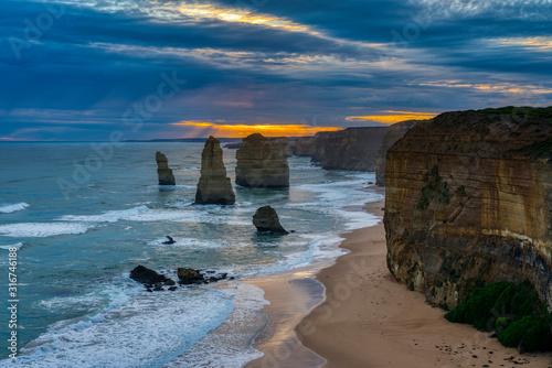 Cuadros en Lienzo Twelve Apostles Port Campbell National Park, Victoria, Australia, sunset