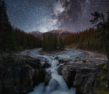Sunwapta Falls With Milky Way ...