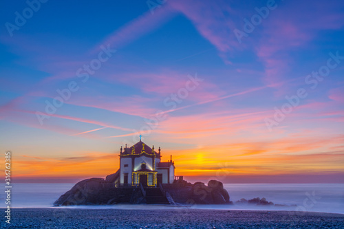 Photo Drone, zoom, church, chapel, peace, love, faith, sunset,aerial, beach, beautiful