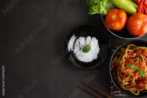 Fotografie, Obraz  appetizing cooked spaghetti italian pasta with tomato sauce
