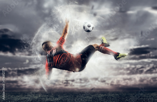 Fototapety, obrazy: Soccer player in action