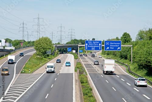 Fotomural Verkehr auf BAB 59, Abzweigung BAB 59 zu BAB 559 in Richtung Köln in Höhe Köln-P