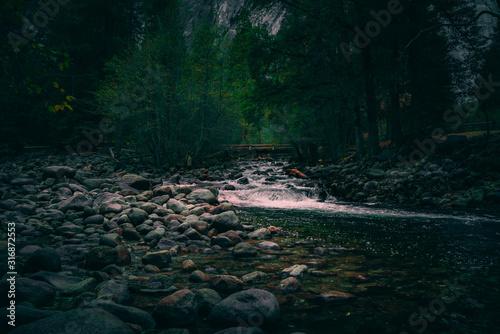 Photo Yosemite Babbling brook river