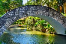 Bridge Sidewalks Reflection Ri...