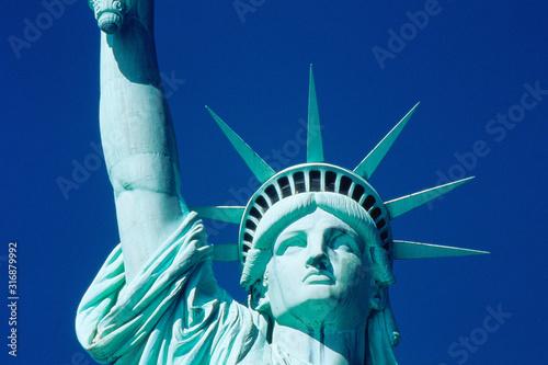 Fototapeta Head and partial arm of Statue of Liberty obraz
