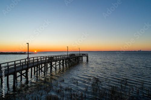 Fototapety, obrazy: pier at sunset