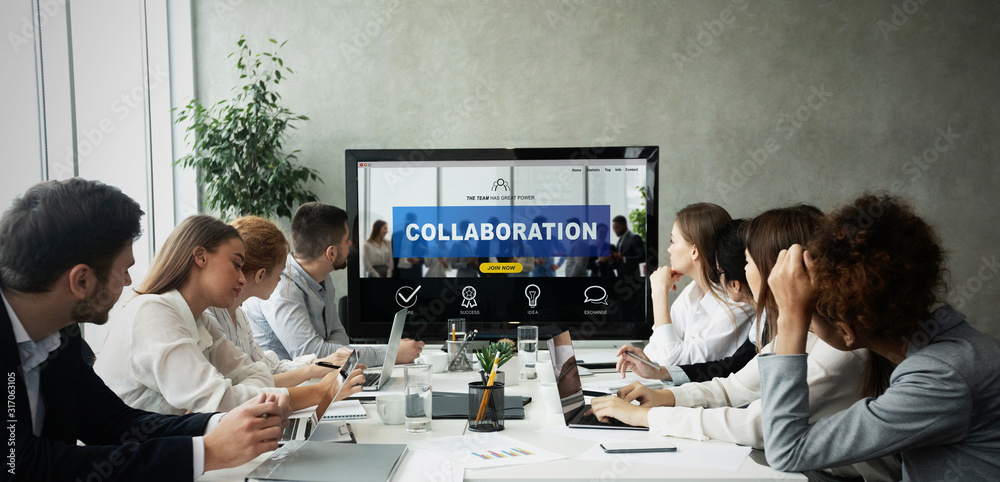Fototapeta Business team having collaboration presentation at office