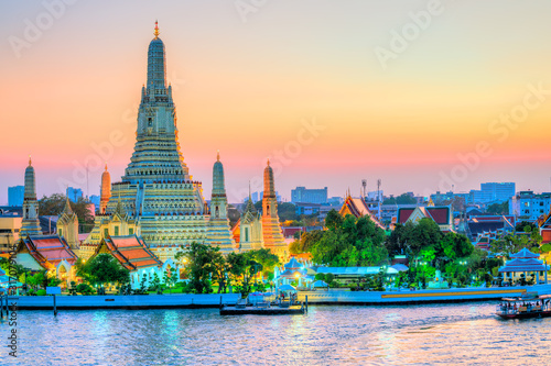 Leinwand Poster Bangkok, Wat Arun, The temple of dawn