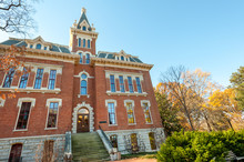 Benson Hall Of Vanderbilt Priv...