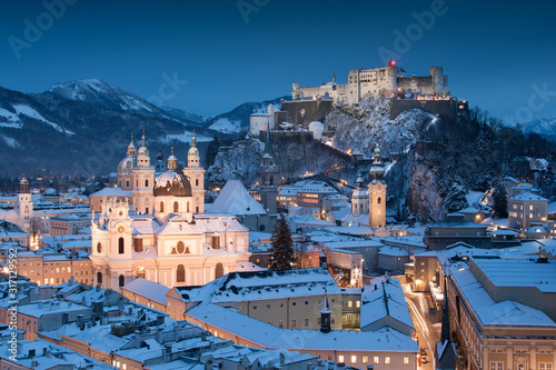 Vászonkép Beautiful view of the historic city of Salzburg with Festung Hohensalzburg in wi