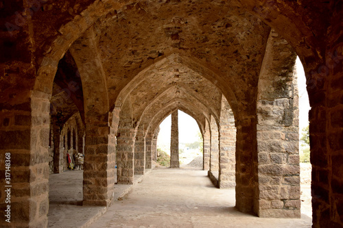 Photo Old Ancient Antique Historical Ruined Architecture of Fort Walls