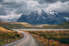 Camino A Las Torres Del Paine