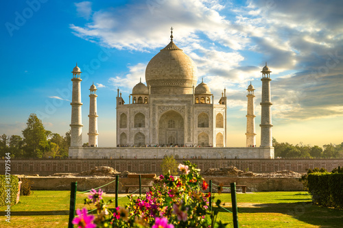 unesco Taj Mahal in Agra, India at dusk Wallpaper Mural
