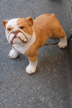 Home Decoration, Cute Dog Statue Made Of Fiberglass And Lifelike Ceramic Materials, Light Weight, Easy To Move, Sun Resistant, Rain Resistant