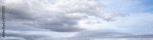 Photo Overcast sky background with clouds