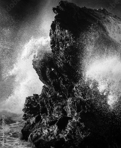 waves-crashing-oregon-coast