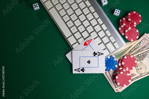 бизнес онлайн покер