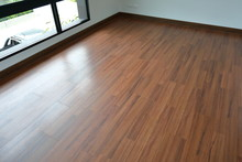 Brown Wood Laminate Floor In R...