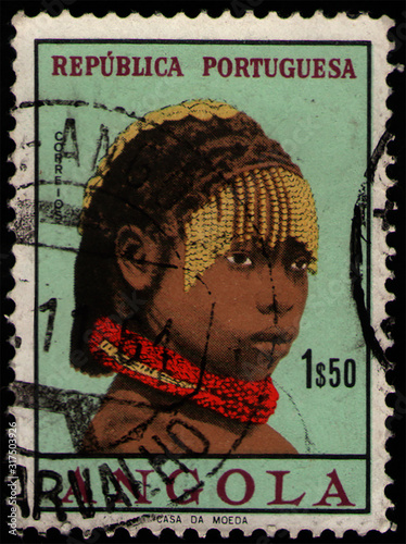 Photo ANGOLA - CIRCA 1961: post stamp 1