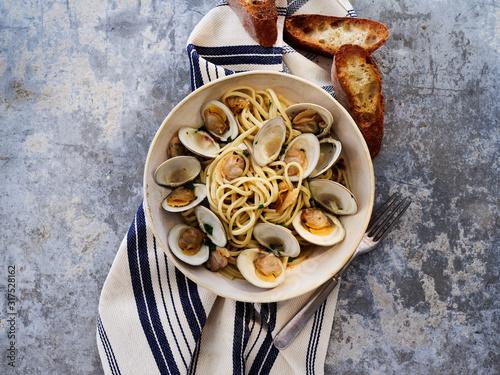 Linguine Pasta - 317528162