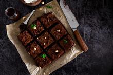 Homemade Chocolate Brownie Des...