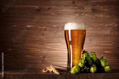 piekne-smaczne-piwo-z-pianka