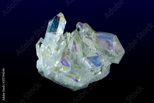 Obraz na plátně Titanium rainbow aura quartz crystal cluster.Close up