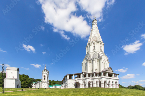 Photo Church of the Ascension in Kolomenskoye park, Moscow, Russia