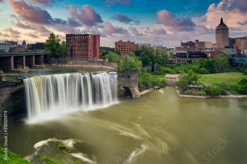 Fotografie, Obraz High Falls district in Rochester New York under cloudy summer skies