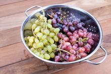Three Variety Of Grapes In Met...