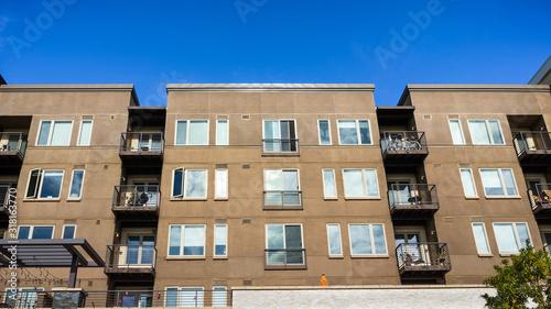 Fototapeta Exterior view of multifamily residential building; Mountain View, San Francisco bay area, California obraz