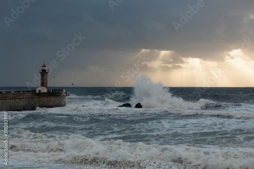 Fototapety, obrazy: Dramatic sunset in the Douro river mouth