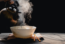 Steam And Smoke Instant Noodle...