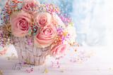 Fototapeta Kawa jest smaczna - Beautiful pink roses