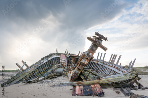 Carcasse bateau Fotobehang