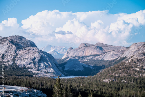 Photo View over the mountains of Yosemite National Park
