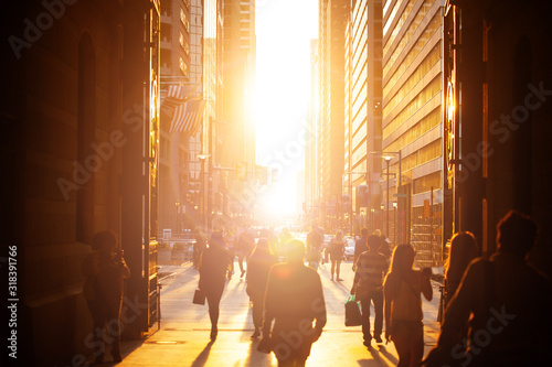 Canvas Print Philadelphia sunset in downtown crowd over lit with sun buildings view from city