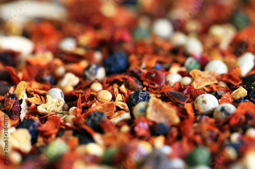 FULL FRAME SHOT OF indian spices Fotobehang