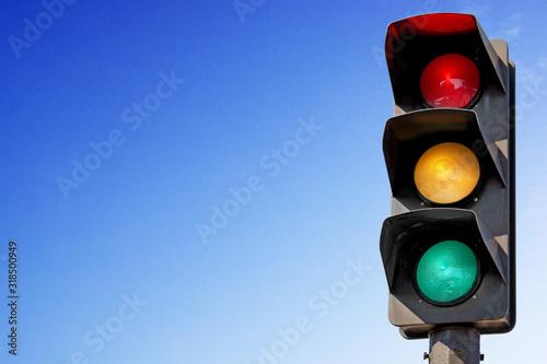 Fototapeta Feux de signalisation vert, orange, rouge obraz