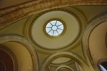 Entrance Hall Of The Metropoli...