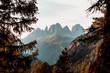 canvas print picture - Gerahmte Berge in den Dolomiten