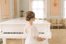 Portrait Of A Beautiful Bride ...